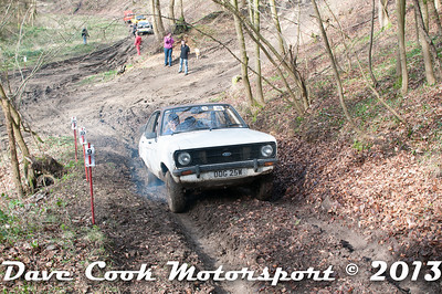 D30_2880 - No. 10, Henry  LINFORTH / Paul  BARTLEMAN: Ford  Escort - Section 2 Beechwood