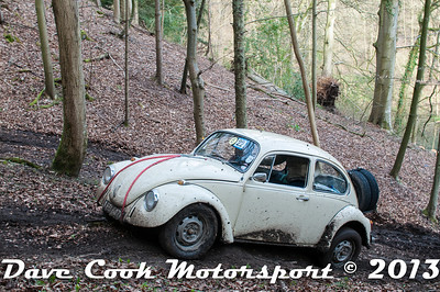 D30_3029 - No. 22, Ben  WEAR / TBA : VW  Beetle - Section 8 Far Bank