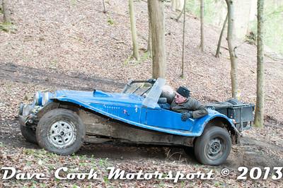 D30_2960 - No. 28, Barry  REDMAYNE / David  TYDEMAN: Marlin  roadster - Section 8 Far Bank