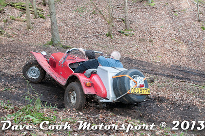 D30_2939 - No. 26, Bryan  PHIPPS / Tim  SMITH: Marlin  roadster - 1st Class 7 - Section 8 Far Bank, but got it back on Track