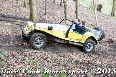D30_2951 - No. 31, Julian  and Colin  ARCHBOLD: Marlin  Roadster - Section 8 Far Bank