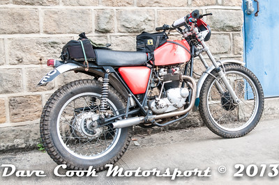 D30_4050 - Keith Johnstone, Cotton/Triumph