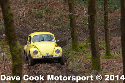 D30_3423 - 1st in Class 6  No. 8, John  LOOKER / Scott  Kelly:  Class 6 VW  Beetle