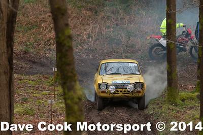 D30_3487 -  No. 22, Ken  and Darren  Bassett:  Class 3 Ford  Escort