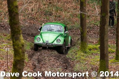 D30_3399 -  No. 16, David  SARGEANT / Colin  Rhead:  Class 4 VW  Beetle
