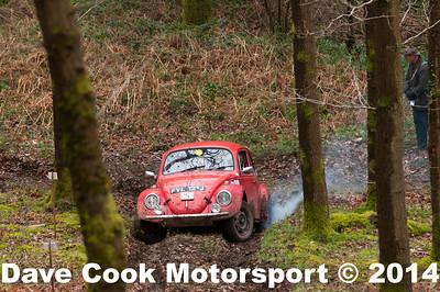 D30_3394 -  No. 6, David  and James  Price:  Class 6 VW  Beetle