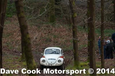 D30_3389 -  No. 18, Antony  YOUNG / Alexander  Radford:  Class 4 VW  Beetle