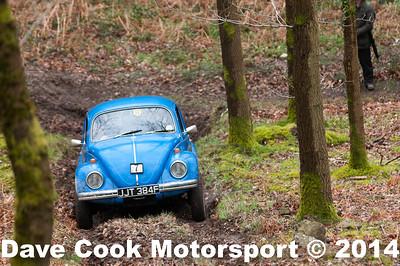 D30_3418 -  No. 7, Richard  PECK / Paul  Gregory:  Class 6 VW  Beetle