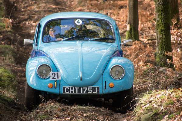 D50_4681 -  No. 21, John White and Kevin Edwards:  Class 4 VW Beetle