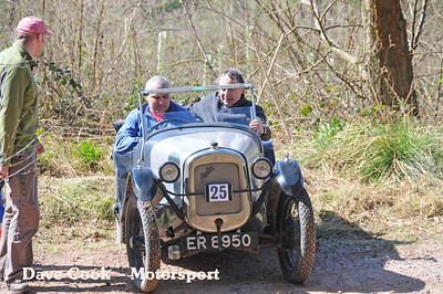 David Price's Austin 7 at the start