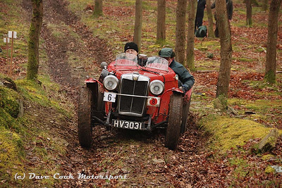 Dudley Sterry and Chris Phillips in their Class 8 MG J2