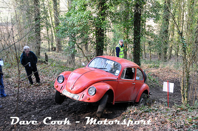 D30_3488 - Sam and Tim Thompson in their Class 3 Beetle