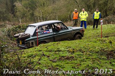 DSC_5459 - Nigel and Gemma Weeks - Class 4 Hillman Imp