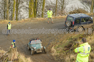 D50_9433 -  No. 58, Richard and Oliver Irvine:  Class 8 Liege Sports Trial