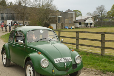 D30_9570 -  No. 89, Sam and Mick Holmes:  Class 4 VW Beetle