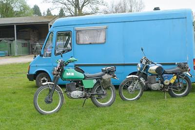 D30_9549 -  No. 29, Roy and Michael Jeffreys':  Class B2 MZ 250's