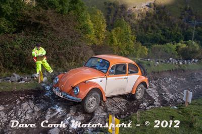 No. 136 Caroline Ugalde and Graham Greenwell, Class 6, 1600cc VW Beetle