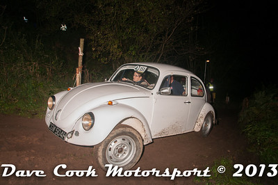 D30_9992 - Nicola Butcher and Paul Bartleman; VW Beetle