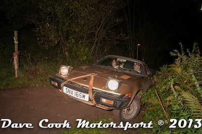D30_9979 - Jane and John Hicks; Triumph TR7