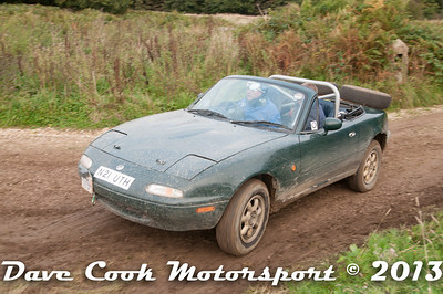 D30-0442 - Nigel Orme-Jones and Dave Hunt - Class 5 Mazda MX5