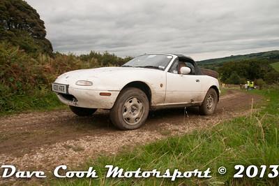 D30_0194 - Richard and Barbara Uren; Mazda MX5
