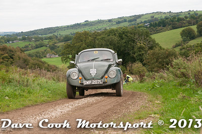 D30_0347 - Harry Butcher and Luke Bell; VW Beetle