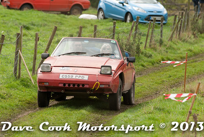 DSC_1191 - David and Mary Symons; Reliant SS1