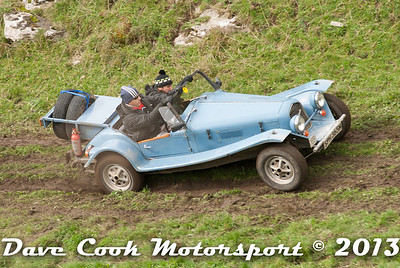 DSC_1220 - Harry Bounden and Poppy Norris; Marlin Roadster