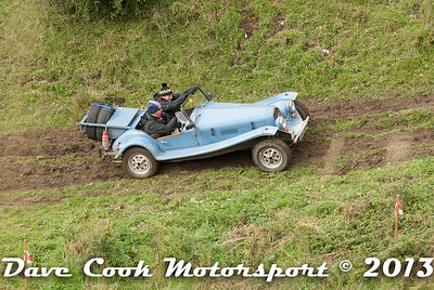 DSC_1222 - Harry Bounden and Poppy Norris; Marlin Roadster
