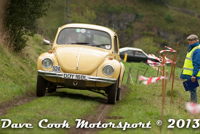 DSC_1240 - Michael Leete and Mike Hayward; VW Beetle