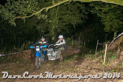 D30_7538 -  No. 28, Ian  Watkins / Jason  Hammersley:  Class D Yamaha  XT600