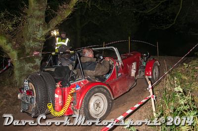 D30_7759 -  No. 149, Simon  Oates / John  Werren:  Class 8 Triumph  Torum