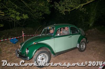 D30_7692 -  No. 119, Mike  Wills / Mark  Hawkswood; Matt Wills:  Class 6 VW  Beetle
