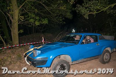D30_7756 -  No. 145, Michael  Crewes / Ian  Lee:  Class 5 Triumph  TR7