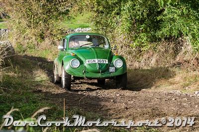 D30_8467 -  No. 156, Sam  Holmes / Chris  Wood:  Class 4 VW  Beetle