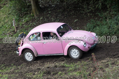 D50_2200 -  No. 232, Josh and Paul Hassell:  Class 4 VW Beetle