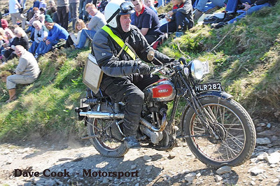 Girder forks and Rigid rear end, must be tough !