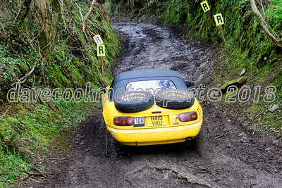 D50_9862 -  No. 106, Louise Headon and Lee Ransome:  Class 5 Mazda MX5