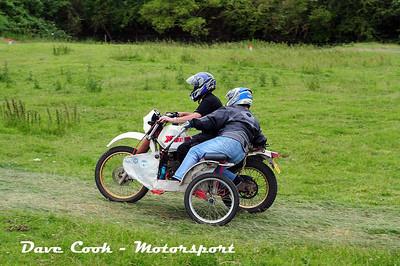 Class B No. 28 Martin Smith and Liz Evans - Yamaha XT