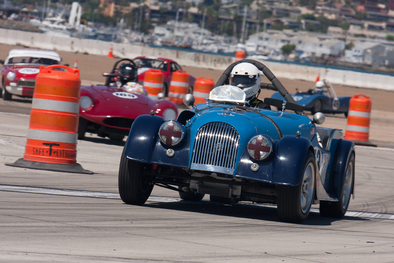 Jeffrey Tamkin in his 1959 Morgan +4. © 2014 Victor Varela