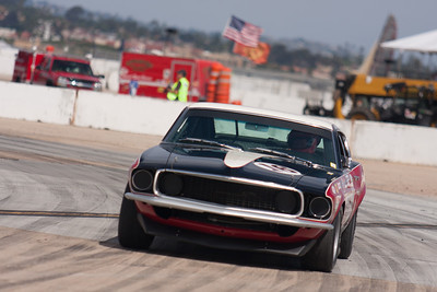 Vic Edelbrock in his 1969 Ford Boss 302 Mustang. © 2014 Victor Varela