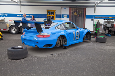 A Porsche GT3 without shoes