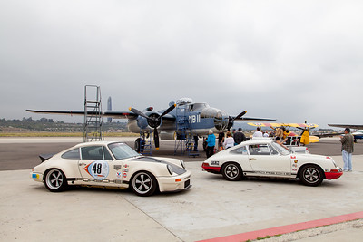 (L-R) Sean Tighe's 1976 Porsche 911, Nicolas Hunziker's 1968 Porsche 911T Sports Purposes