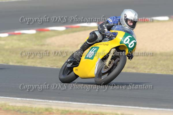 Race 13. Post Classic and Forgotten Era 125cc ~ Post Classic 250cc ~ Forgotten Era 250cc ~ Class C (pre 51 0-750cc).