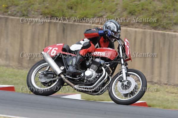 Race 18. Post Classic 350cc, 500cc, 750cc, Unlimited.