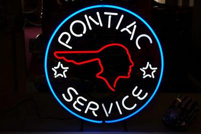 "Neon sign ""Pontiac Service"". Branson Auto Museum"