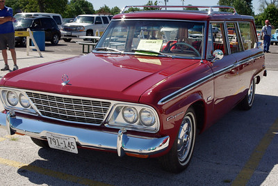1964 Studebaker Wagonaire. 47th Annual Studebaker Drivers Club Meet, Springfield, MO. June 23, 2011.