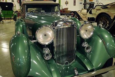 1936 Lagonda, Tupelo Automobile Museum, Mississippi.