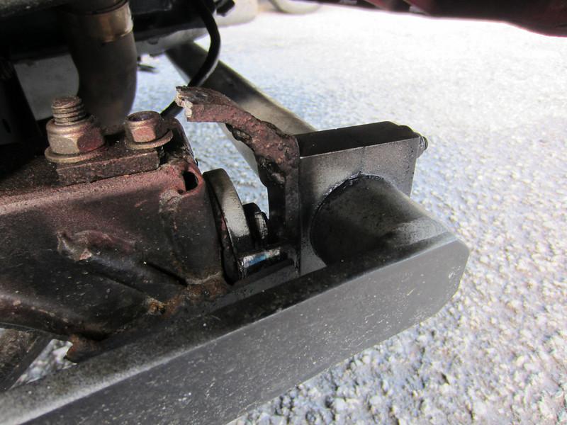 William Jenkins broken roll bar mounting