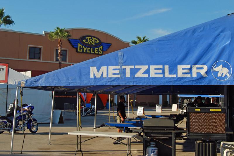 091 J&P Cycles Florida Superstore Biketoberfest 2010